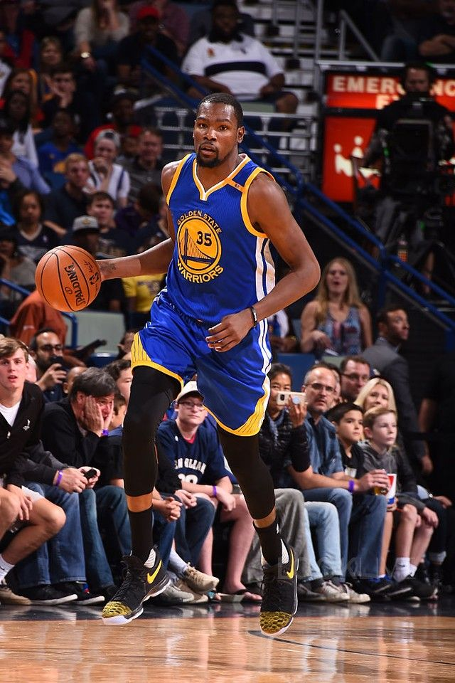 1c549462fab0 Kevin Durant wearing Nike KD 9 PE Yellow Toe