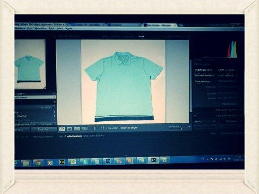 Fotografando camisa polo.