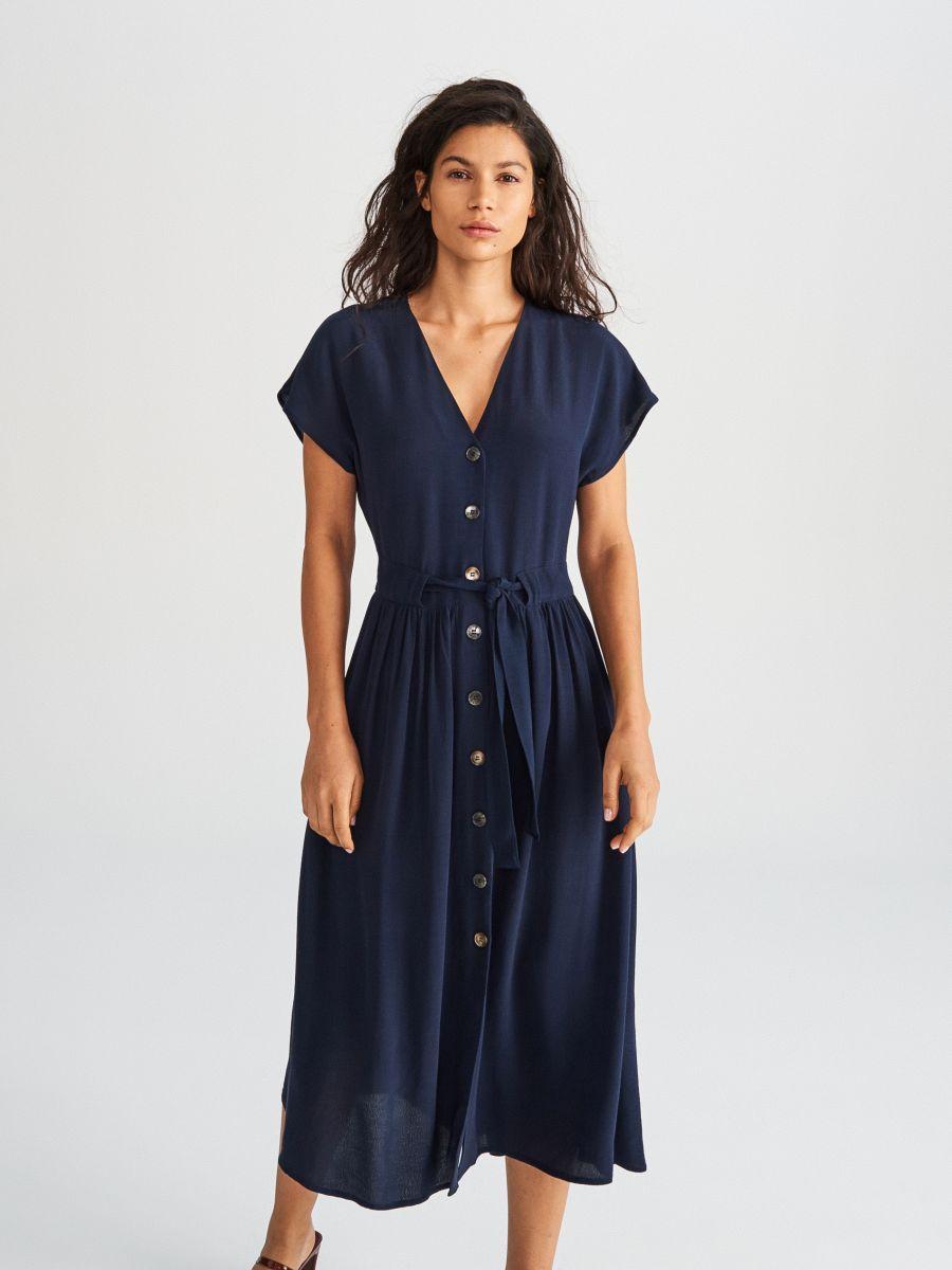 aea01a4856 Sukienka midi z wiskozy
