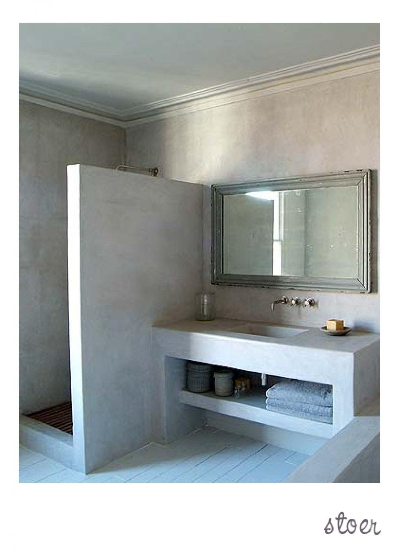 stoere badkamer met inloopdouche salle de bain pinterest met