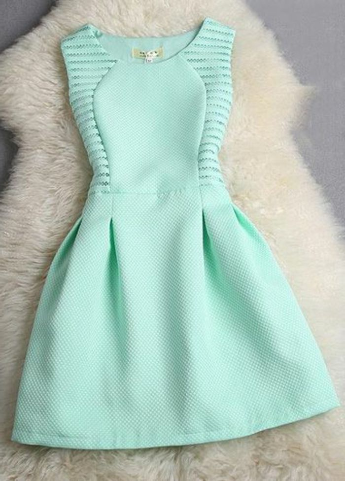 Jolie robe bleu marine