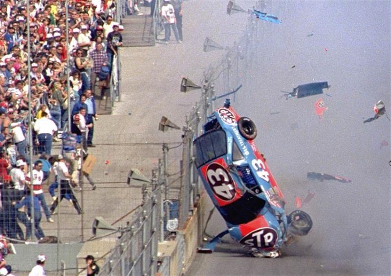 Daytona 500 crashes in 2020 Nascar race cars, Nascar