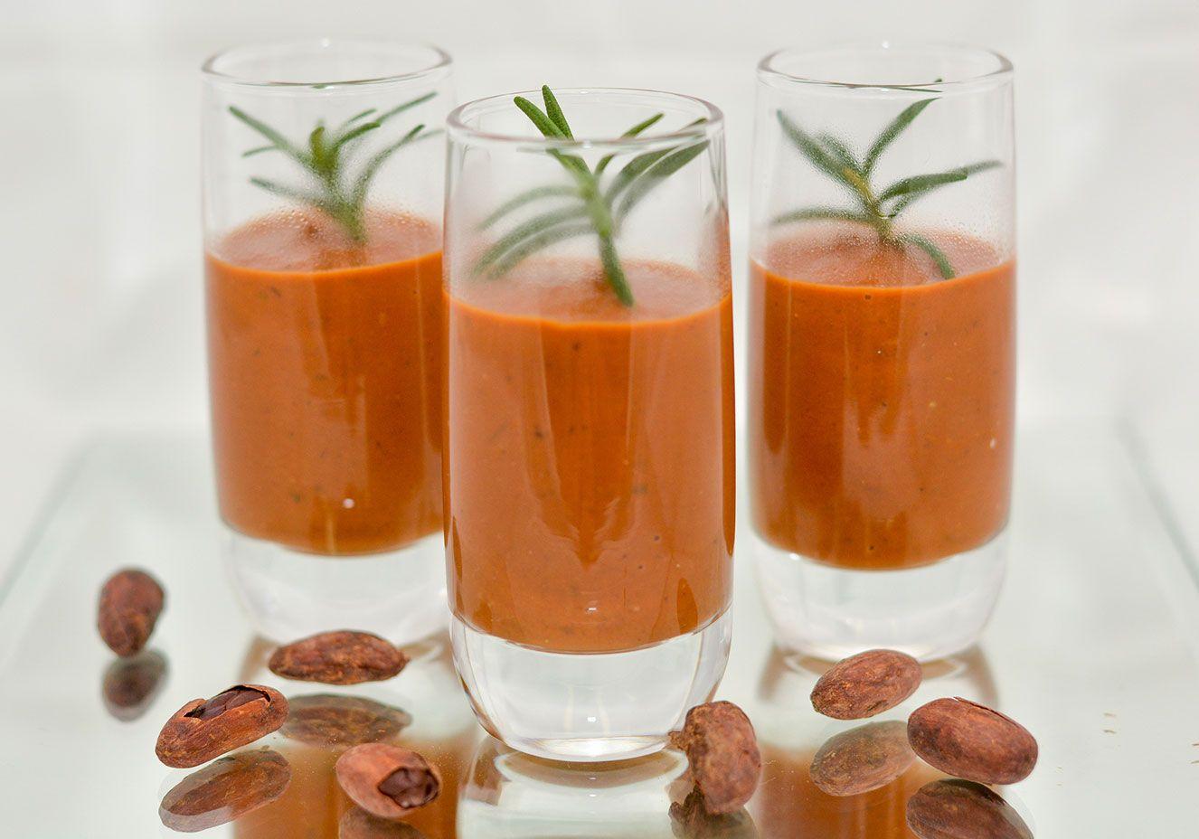 Creme de tomate antioxidante para uma jantar leve e gostoso