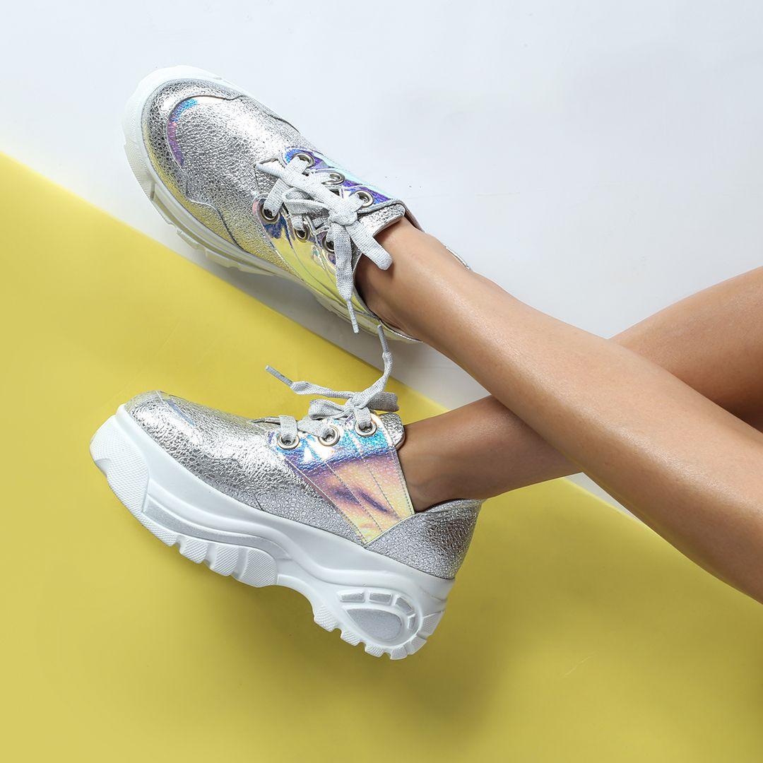 Soz Konusu Ilvi Ayakkabilari Oldugunda Gerisini Dert Etmeyin Cunku O Size Yeter When It Comes To Ilvi Shoes We Don T Need Mor Ayakkabilar Sneaker Spor