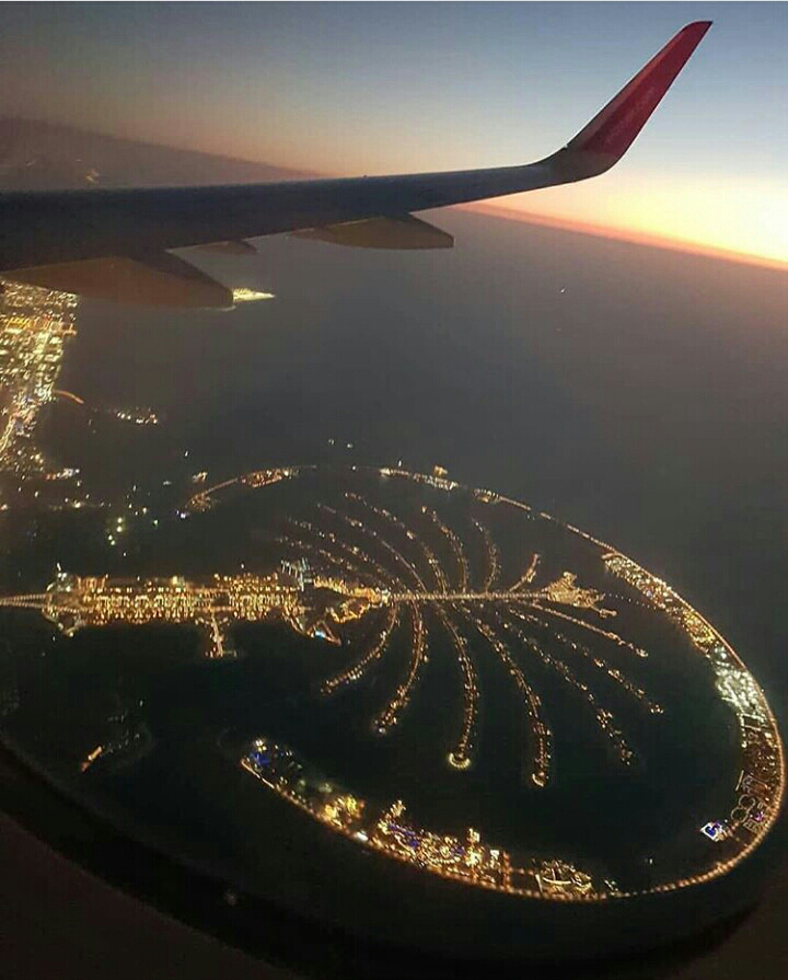 Дубай самолет рейс москва дубай эмирейтс