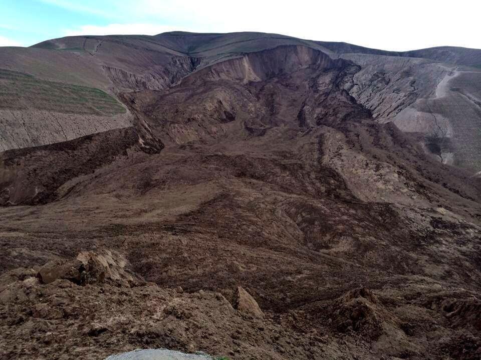 (IMAGENES) 2 MAY 2014 | AFGANISTAN > DESLAVE | (Afghanistan, la maxi-frana nel Badakhshan è una catastrofe: si temono ...).