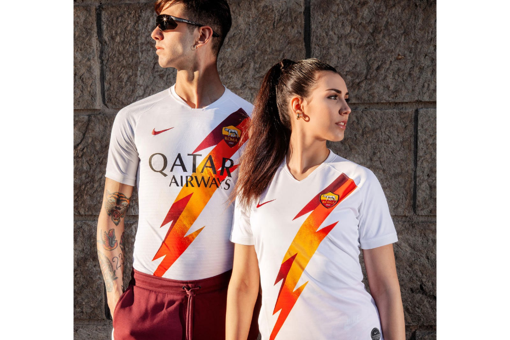 The 10 Best Football Kits Of The 2019 20 Season In 2020 As Roma World Soccer Shop Football Outfits