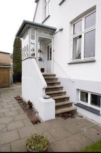 Spar energi med vindfang på dit hus | Haven | Pinterest | Hoveddør, Huse og Indgang