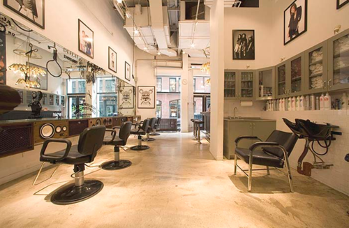 Shears Hustle Blow Is A Hair Salon Geared Toward Nyu S College Kids Located Off A Small Alley