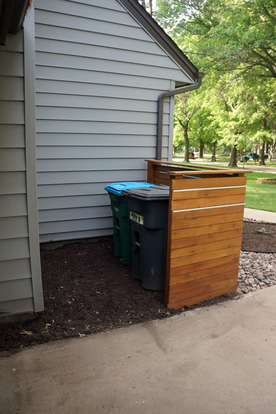 Cedar Screen To Hide Garbage And Recycling Backyard