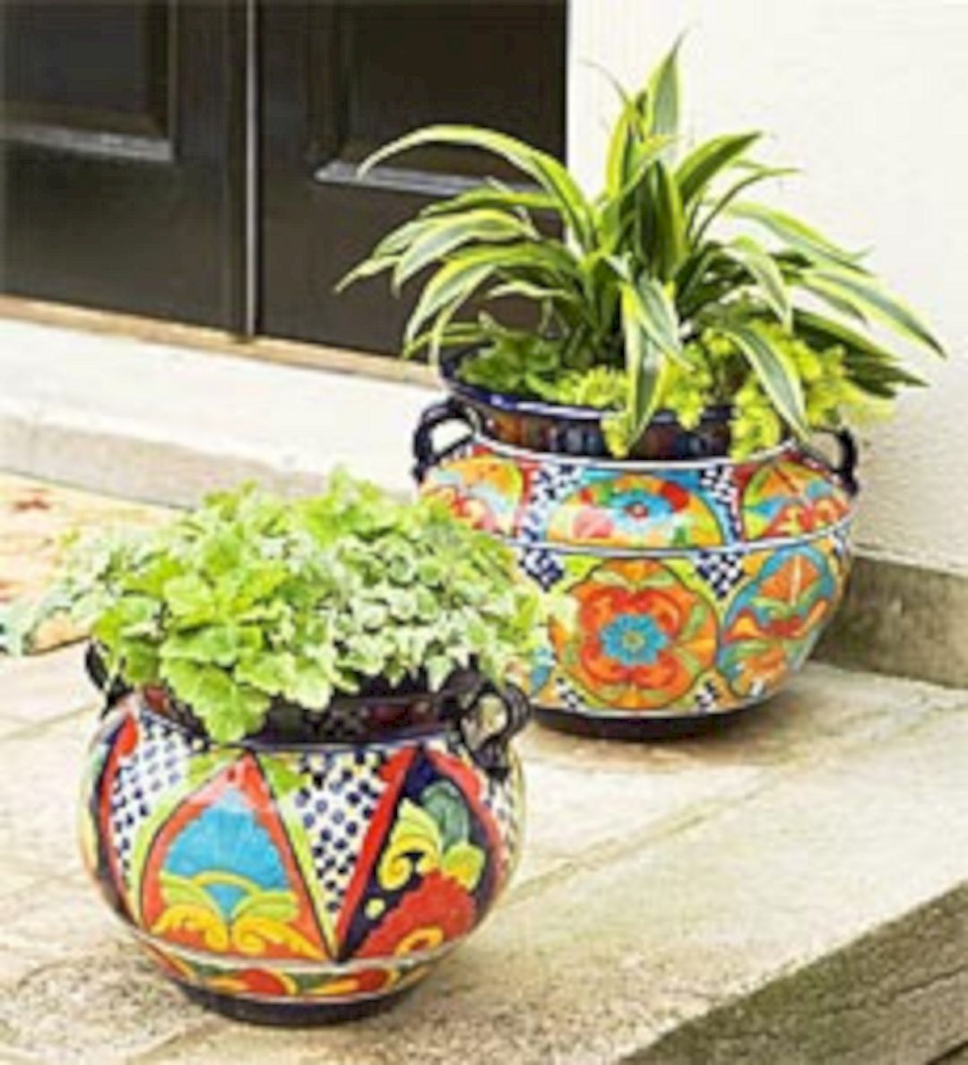 Breathtaking 35 colorful outdoor planter ideas for