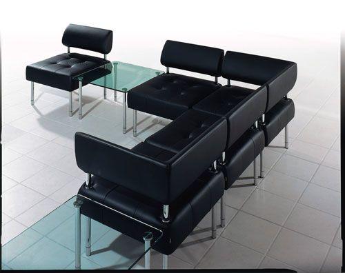 Sala de espera cuero consultorio salas de espera for Sillones para escritorios oficina
