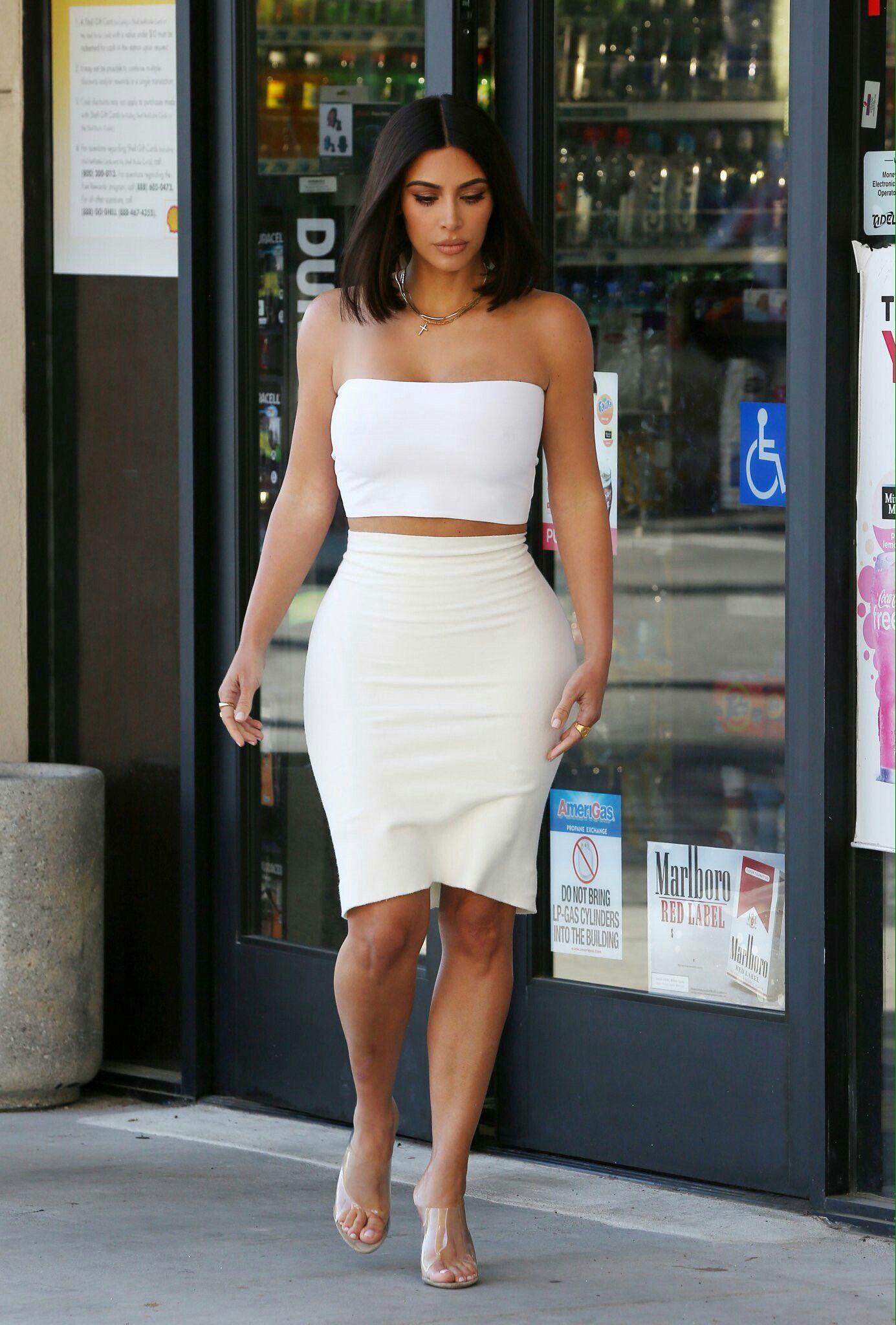 02d52ce70f Kim Kardashian in Los Angeles