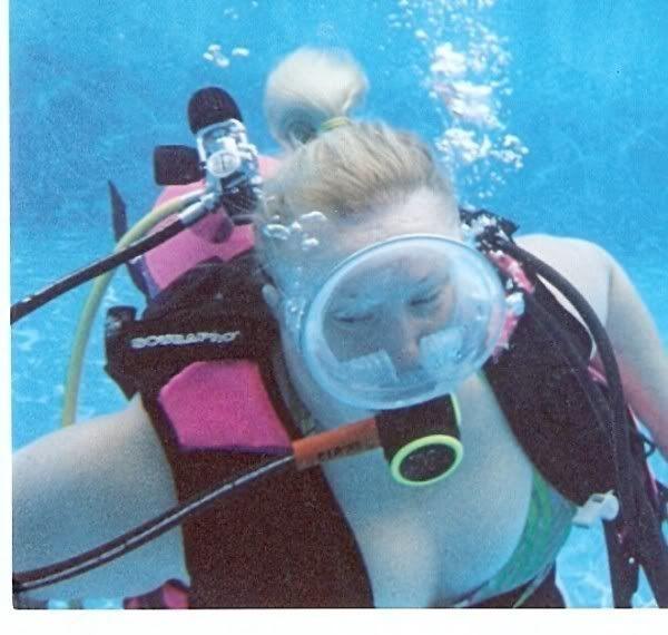 bbw underwater