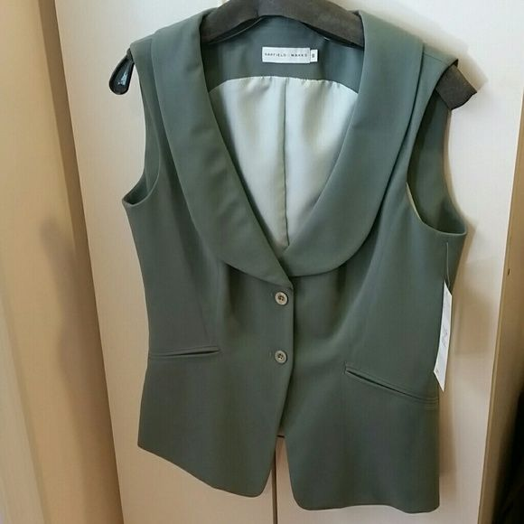Vest NEW Garfield & Marks new green vest absolutely stunning Garfield & Marks  Jackets & Coats Vests