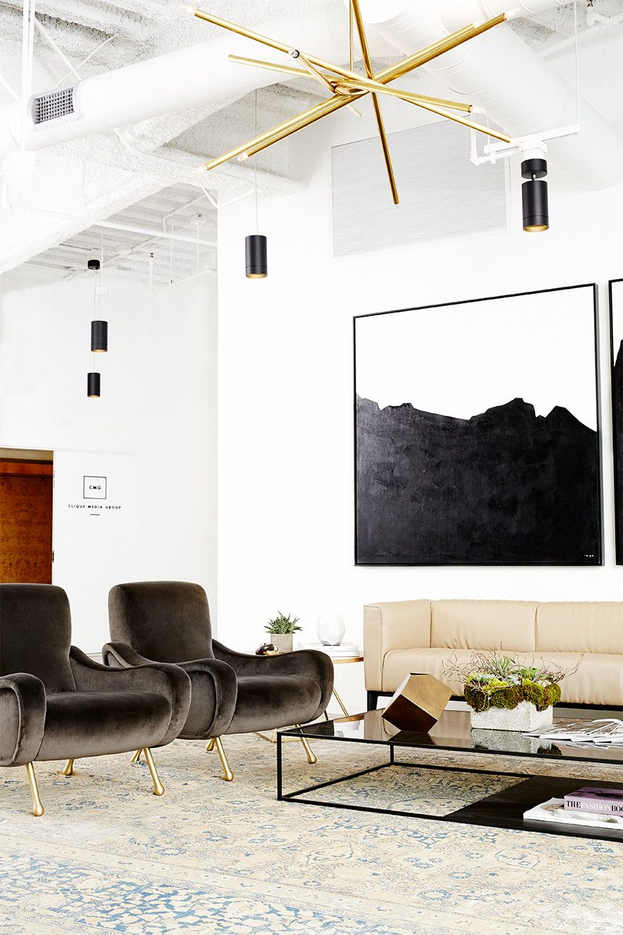Forget The Power Suit This Chic Office Design Is A Power Space Modern Office Decor Chic Office Design Corporate Office Decor