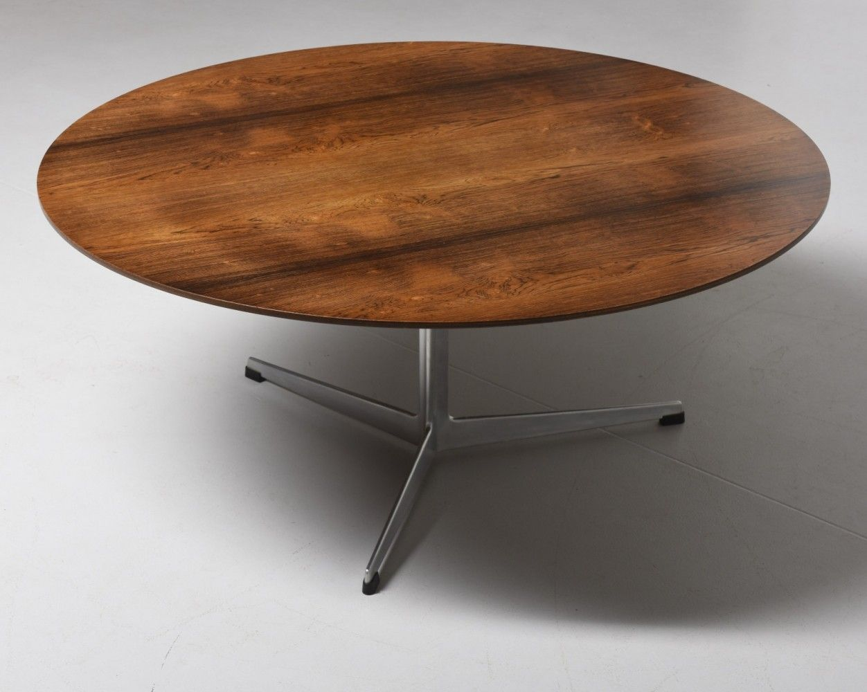 Pin On Design Tables Coffee Tables Desks [ 1000 x 1252 Pixel ]