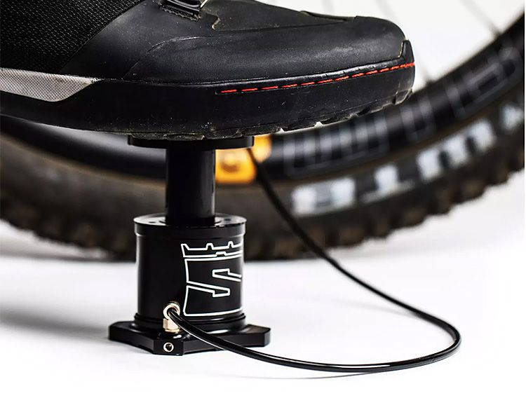 Stompump Is A Compact Bike Mounted Foot Pump With Images Bike