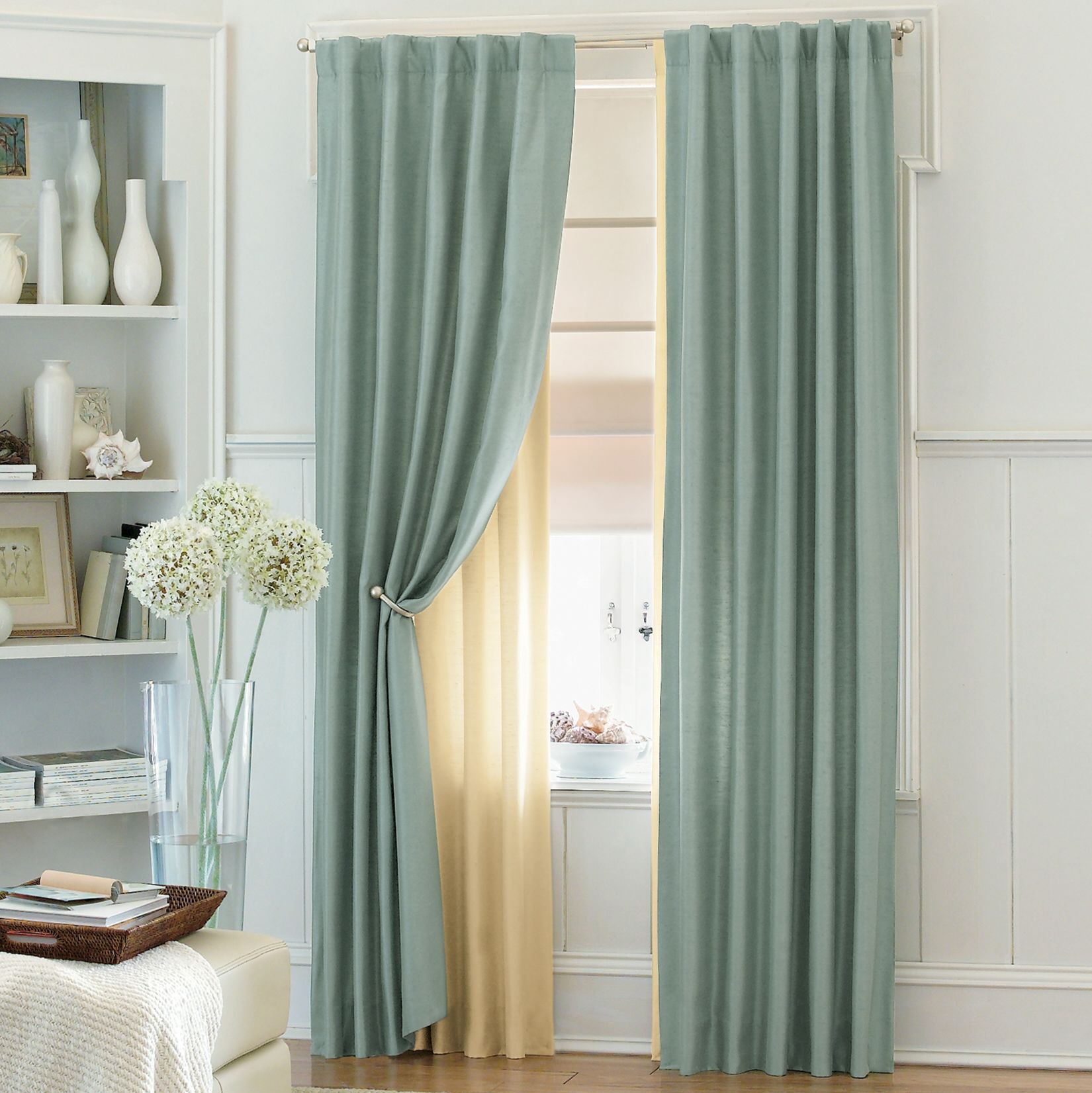 Awe inspiring grey double bedroom curtains with single for Window valances for bedroom