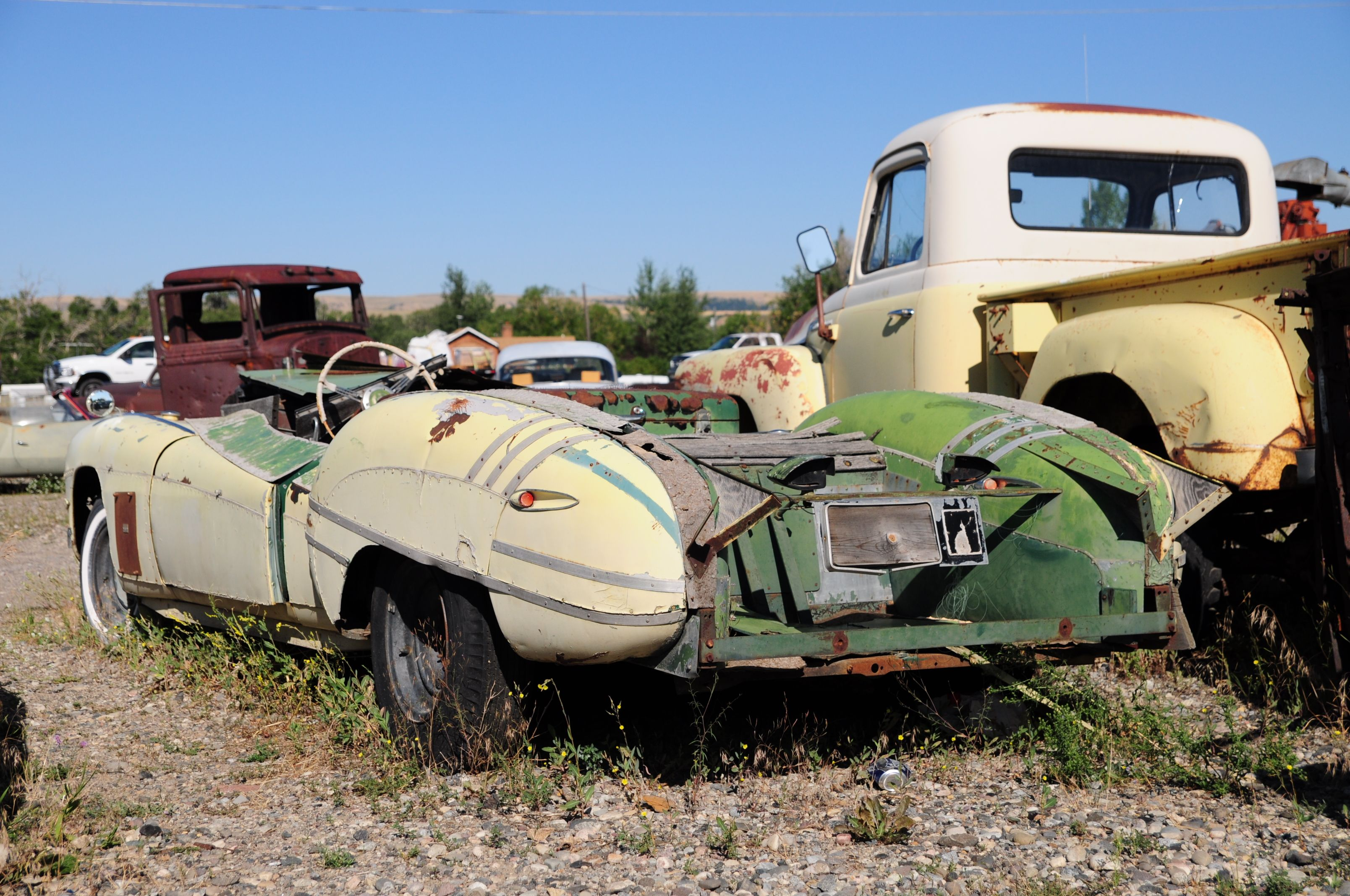 pictures or scrap cars   ... group of subaru pa seattle wa70 ...