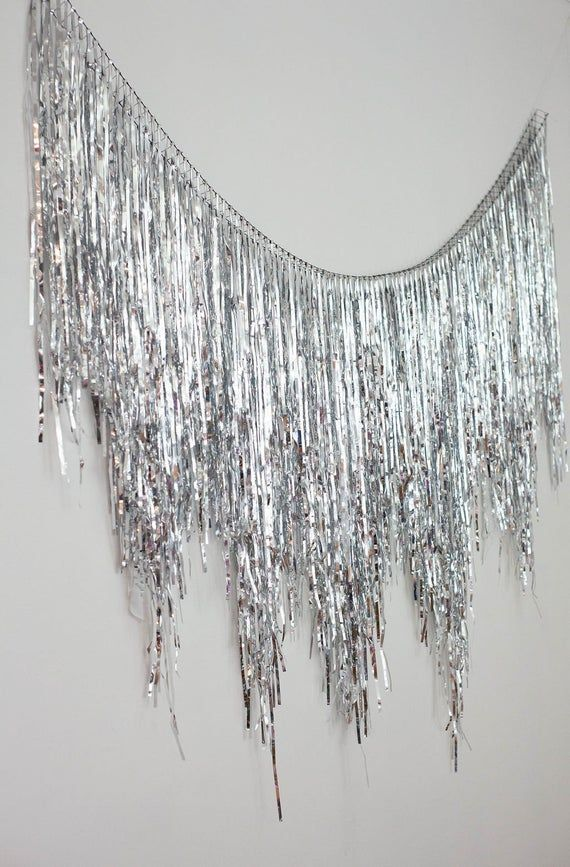 Silver Metallic Fringe Garland, Glitter Backdrop, Glitter Fringe Backdrop, Streamer Backdrop, Tinsel Garland, Wedding Backdrop, Dessert Tabl