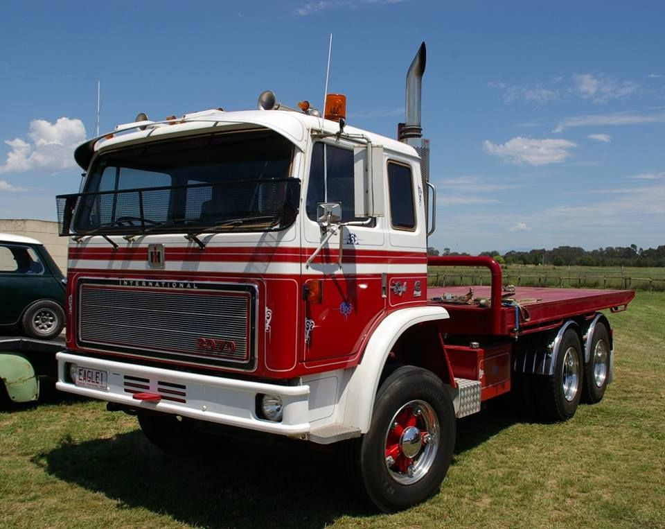 International Acco 3070 All The Way From Tasmania Vintage