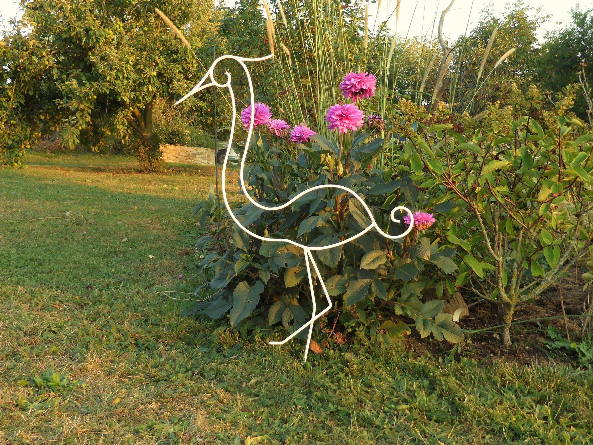 Aigrette En Fer Forge Pour Decoration De Jardin Modele Nestor Con Imagenes Artesanias Metalicas Decoraciones De Jardin Macetas De Herreria