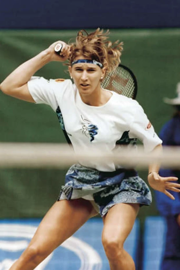 A Fit Steffi Could Still Compete Agassi In 2021 Tennis Players Female Steffi Graf Tennis Fashion