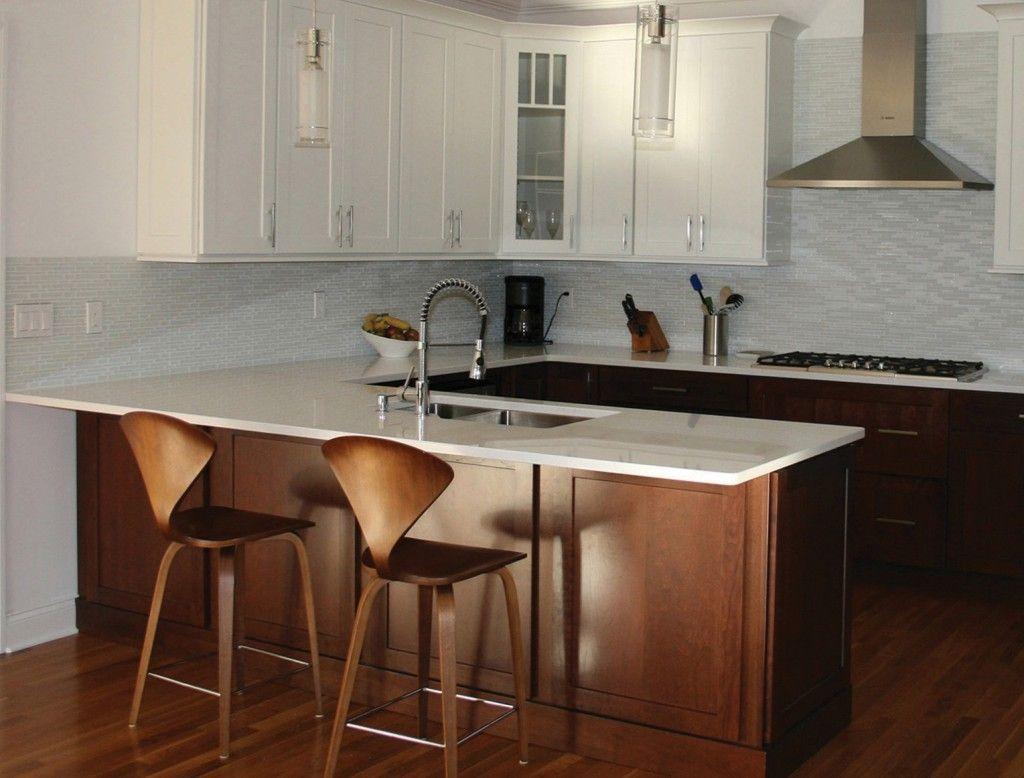 A Kitchen Peninsula Better Than An Island Small Kitchen Layouts Kitchen Peninsula Kitchen Design