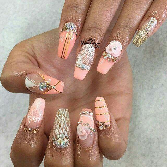 PEACH, gold and white nail art design with hand done acrylic roses - Pin By Shuanita Crawford On Pretty Hands And Feet! Pinterest