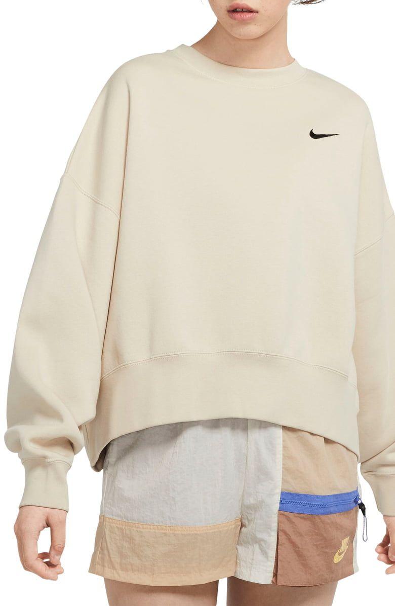 Nike Sportswear Crewneck Sweatshirt Nordstrom Sweatshirts Crew Neck Sweatshirt Nike Crewneck Sweatshirt [ 1196 x 780 Pixel ]
