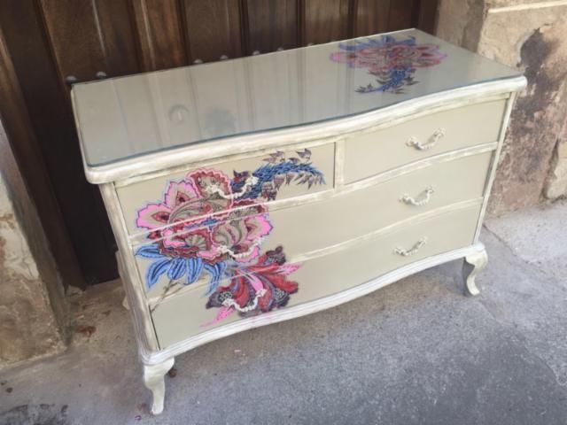 Comoda madera antigua muebles deco y c moda for Muebles ezcaray