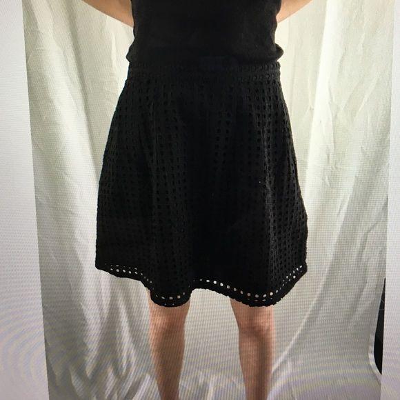Banana republic black skirt NWT Banana Republic Skirts Midi
