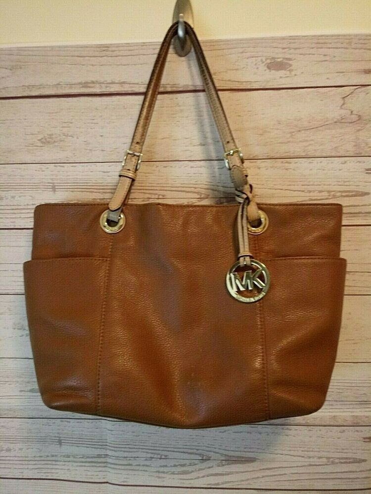 Michael Kors AP 1301 Shoulder bag With Side Pockets Large