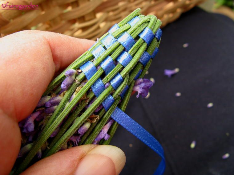 How to make lavender wands- something else to do with all the lavender in our garden!