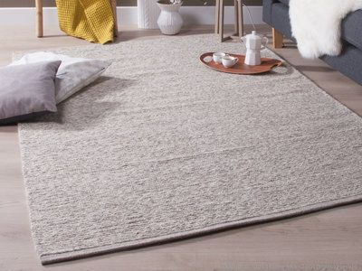 tapis laine et coton tiss main cru gris motifs tresse chandak bureau pinterest tapis. Black Bedroom Furniture Sets. Home Design Ideas