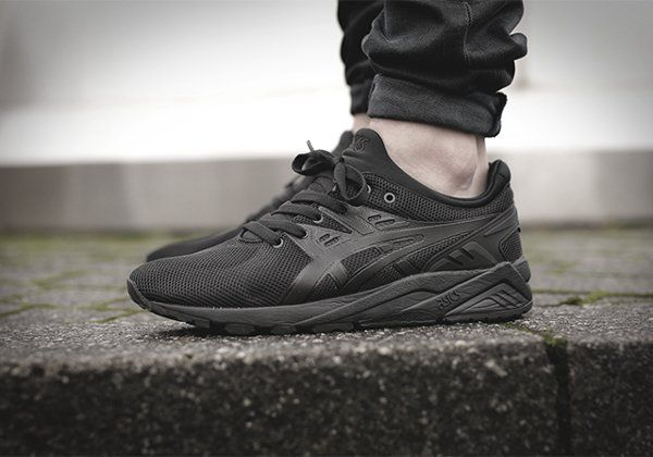 Asics Triple Black