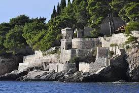 Resultado de imagem para castelo mais bonitos do mundo