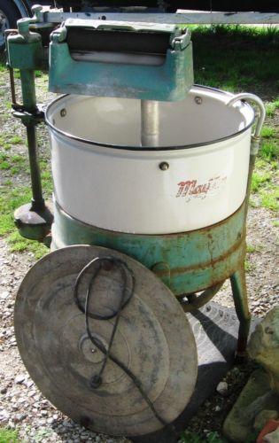 Vintage Maytag Wringer Washer 1930s Vintage Washing Machine Wringer Washer Vintage Laundry