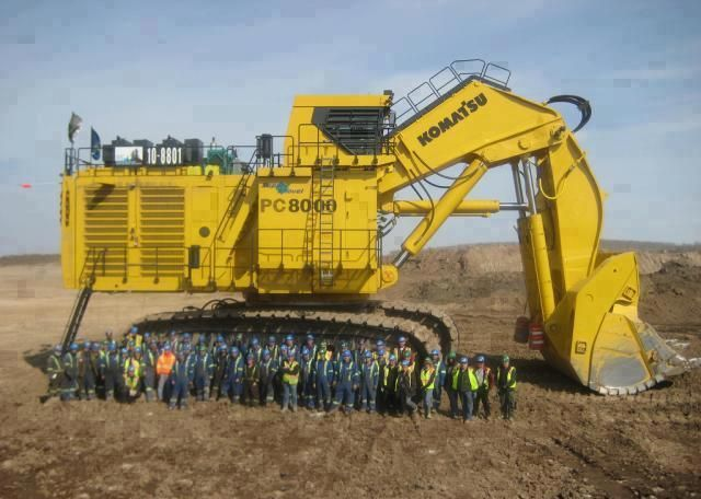 World Biggest Hydraulic Excavator Not The Biggest Front Shovel In World Cat 6120b 6090 Hitachi Hydraulic Excavator Heavy Equipment Heavy Construction Equipment