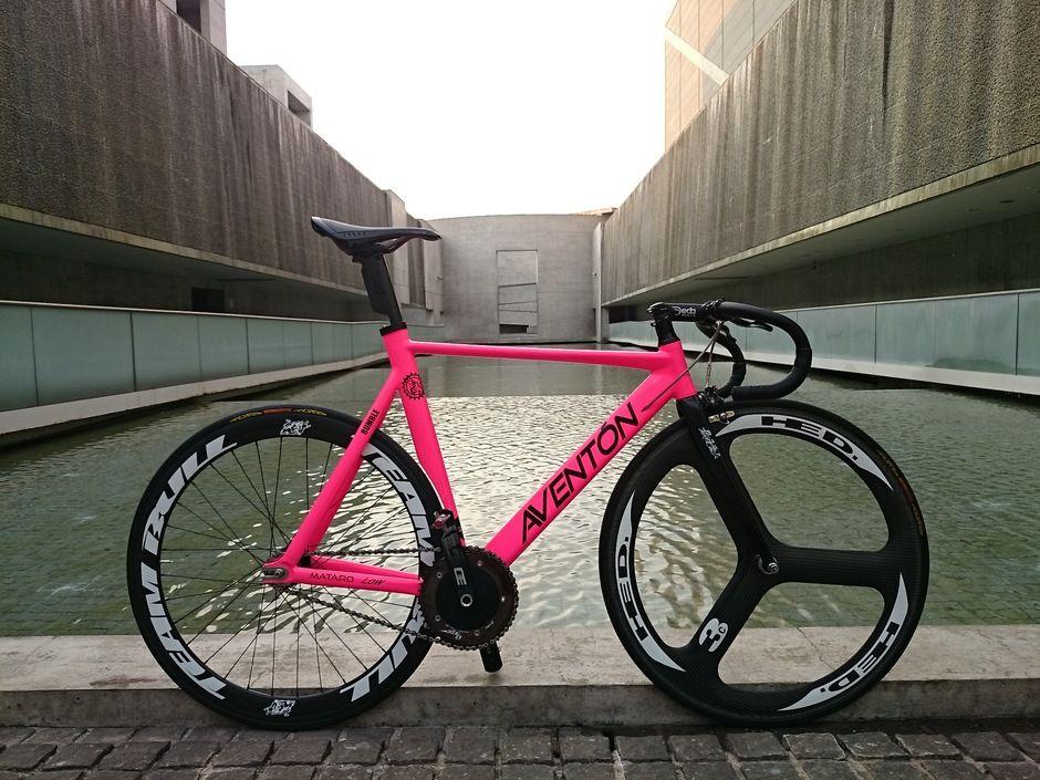 Black AVENTON MATARO Low - Pedal Room w/ hot pink frame & tri-spoke ...