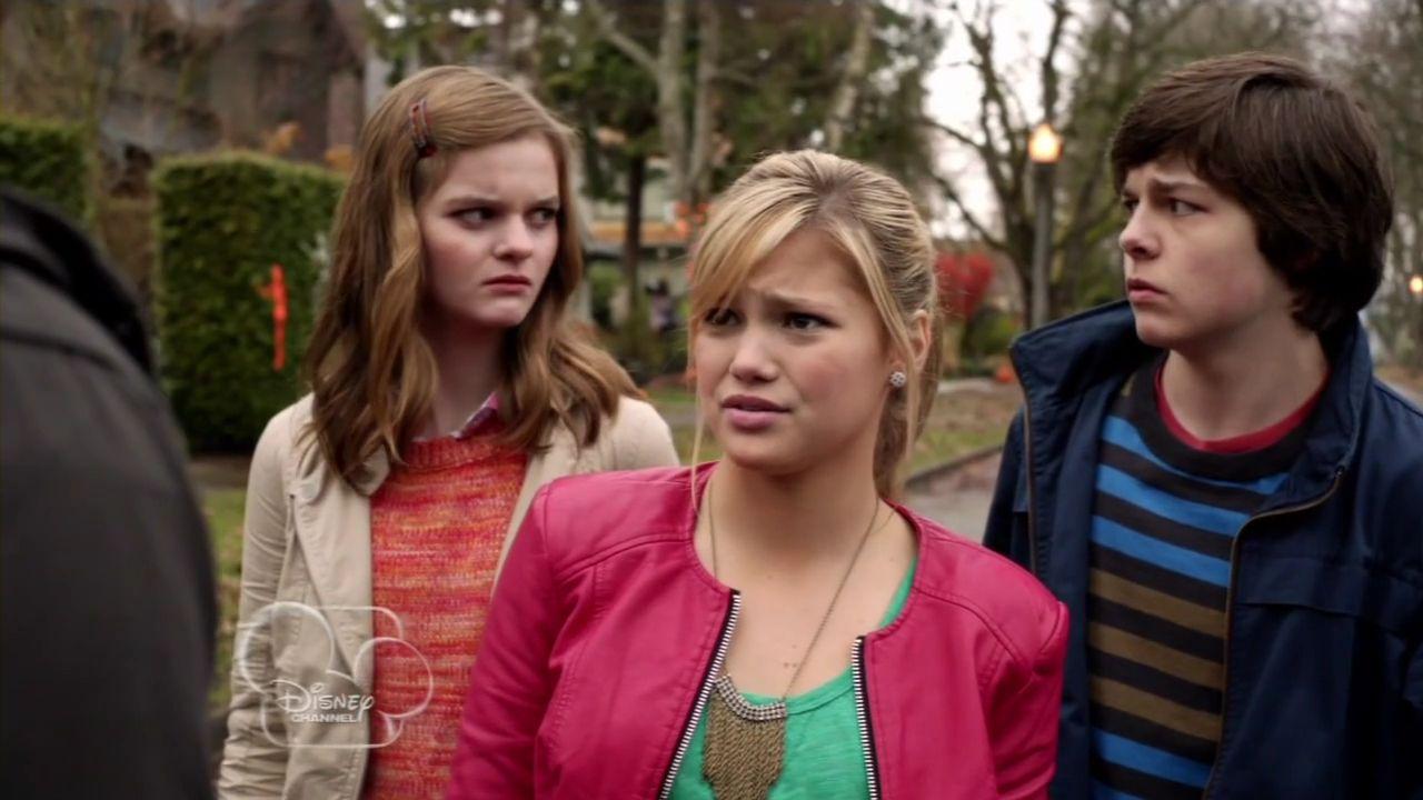 Girl Vs Monster Cast Google Search Disney Channel Original Olivia Holt Celebrities