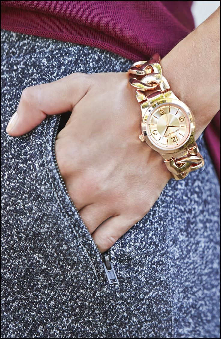A finishing touch for a classic look. Liz Claiborne link chain watch ...