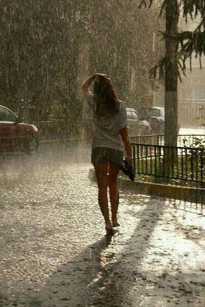 Hot Girl In Rain