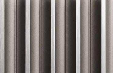 Aluminium RAL 9007 - Chicago-Oberfläche  Aluminium ist ein besonders ist ein Material bei Türen, das besonders robust und langlebig ist. Fenster-Schmidinger setzt mit seinen Pieno® Türen dieses Material bei den Türen ein.   #Eingangstüren #Doors #Aluminium #Türen