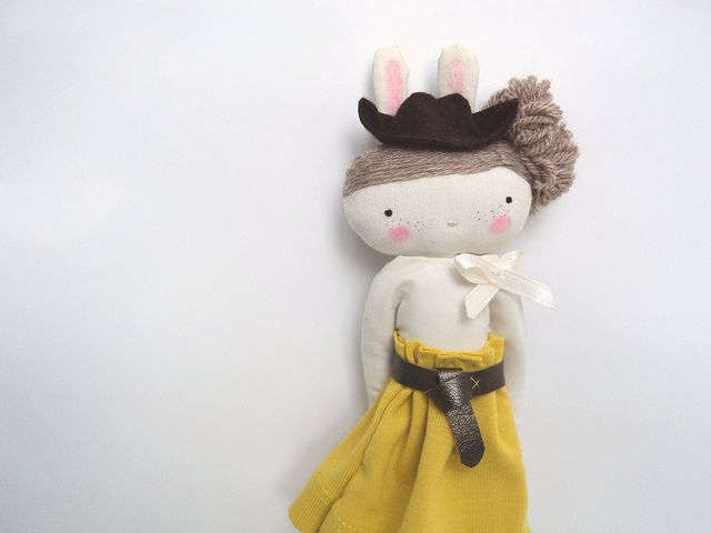 .bunny rag doll by las sandalias de ana, via Flickr