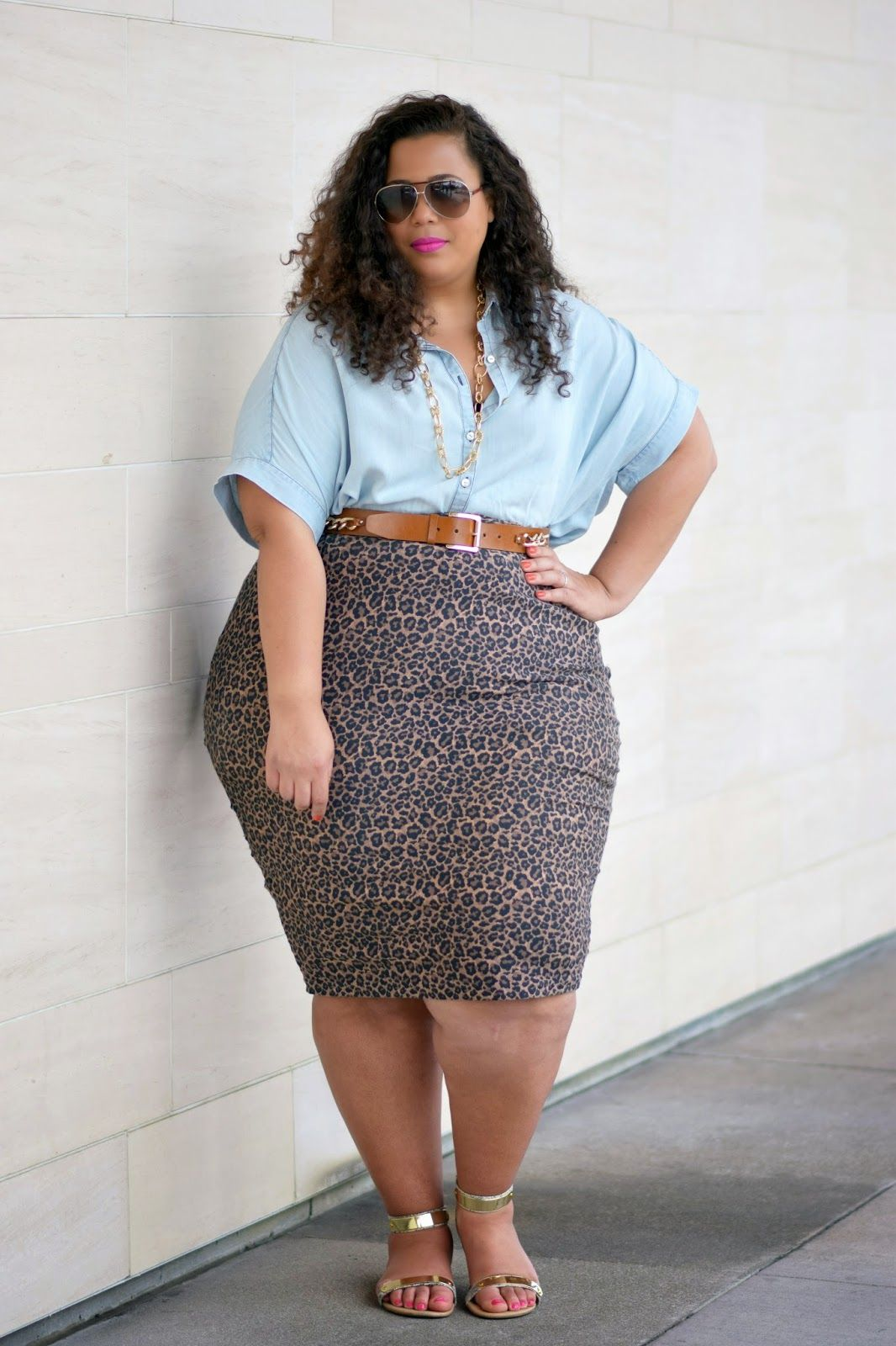 Plus size chambray shirt outfit plus size fashion for Plus size chambray shirt