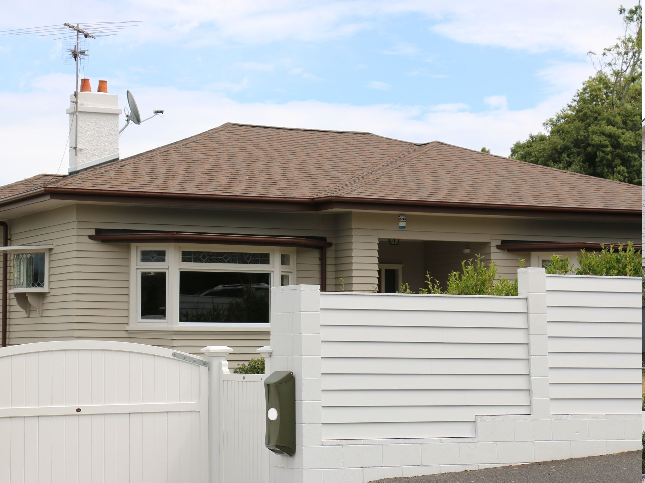 Best Adding Value To A Lovely New Zealand Bungalow With 400 x 300