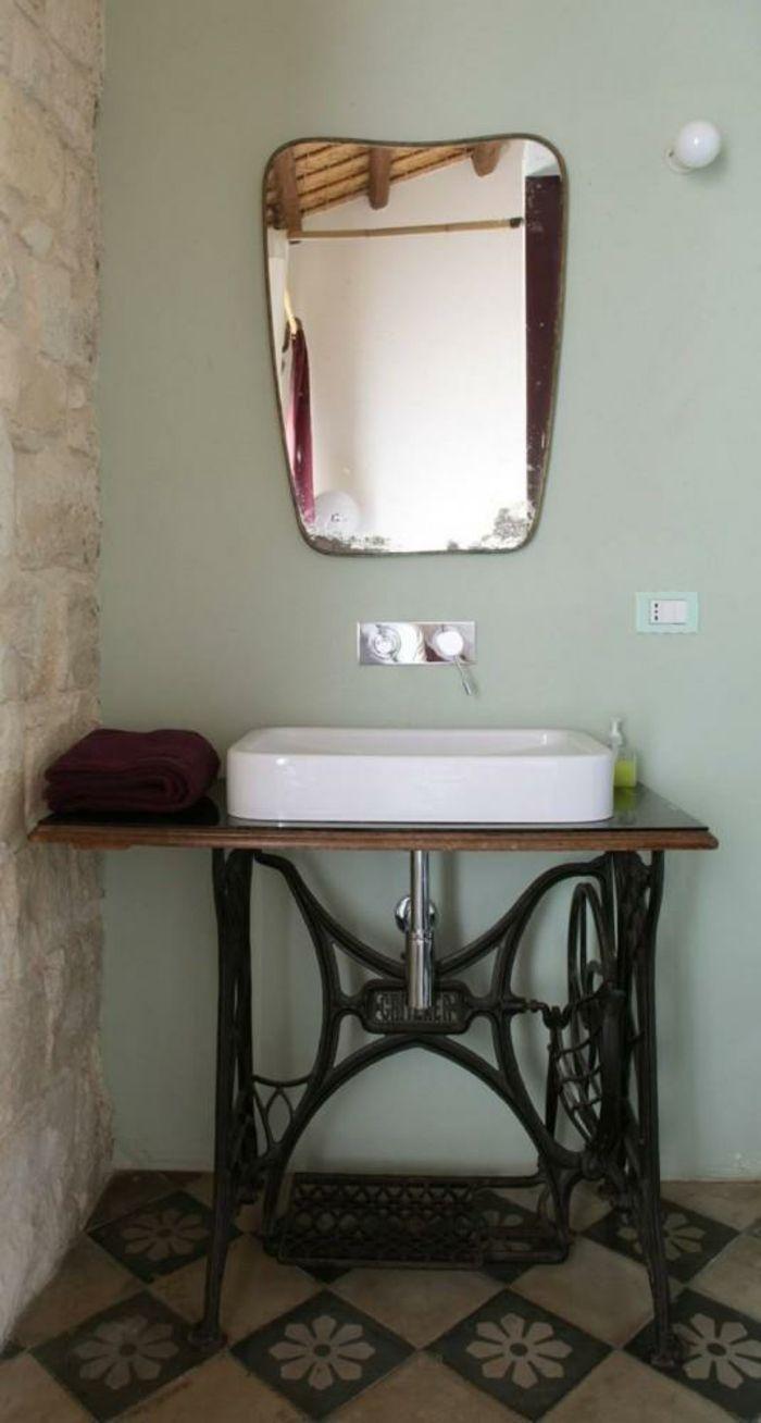 23 dekoideen wie ihre alte n hmaschine eine wiederverwendung findet badrum alte. Black Bedroom Furniture Sets. Home Design Ideas