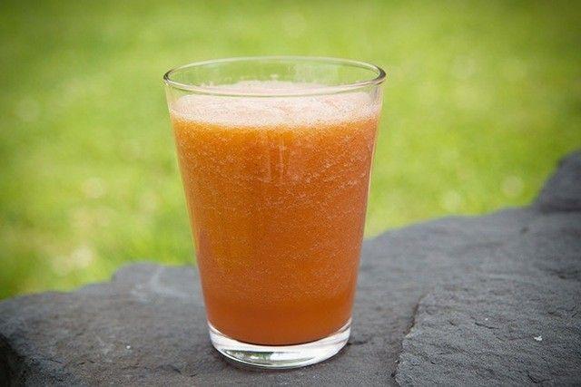 Holy Beta-Carotene! A Carrot-Cantaloupe Smoothie